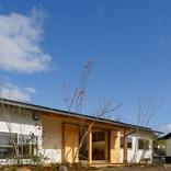 「南北に広がる茶ノ間 FLAT HOUSE」 サムネイル画像2