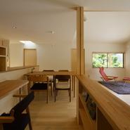 「やさしく繋がる大屋根の家」サムネイル画像