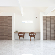 「大きな庇のシンプルモダンハウス」サムネイル